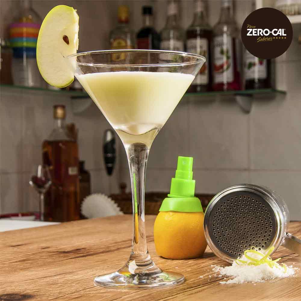 Caipirinha-Coconut com maçã verde